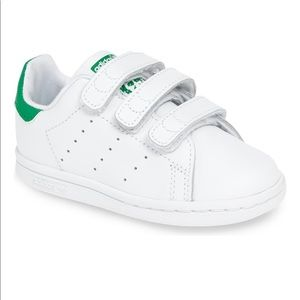 Toddler Stan Smith Adidas great condition! Size 8